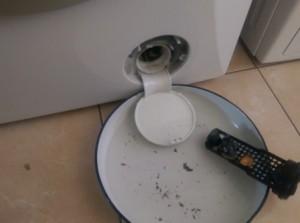 Почистване на филтър на пералня (1)
